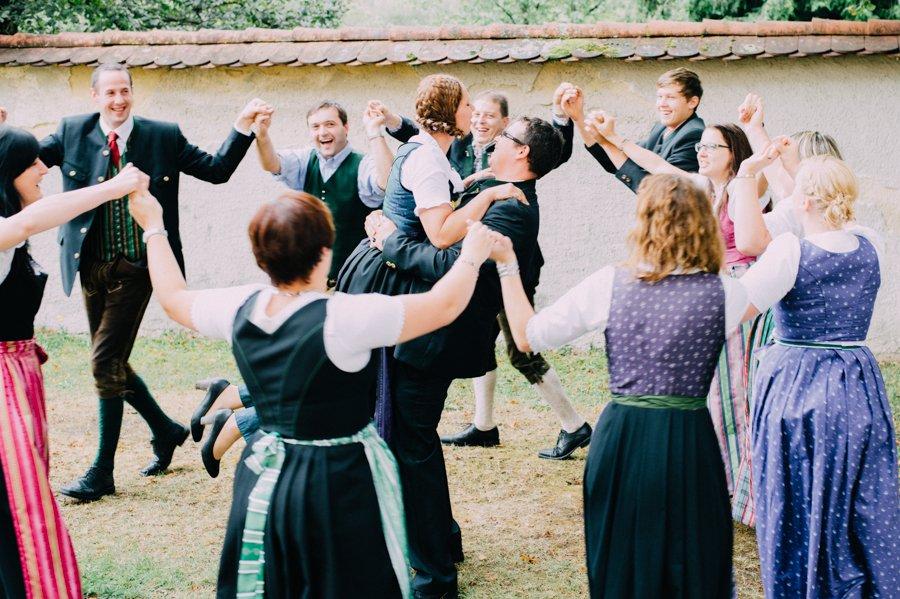 Dirndl Lederhosen Hochzeit Steiermark 31 Hochzeit Um 3